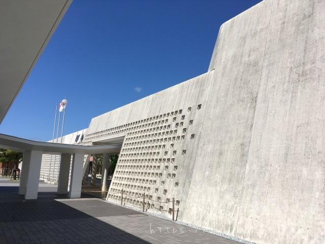 沖縄県立美術館・博物館でテオ・ヤンセン展沖縄2017を見てきた