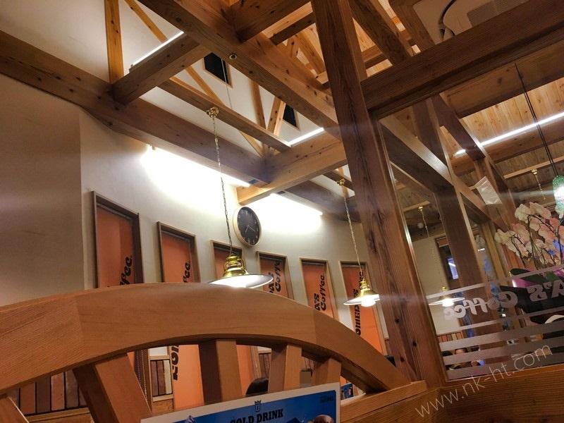 珈琲店沖縄糸満店の店内その2
