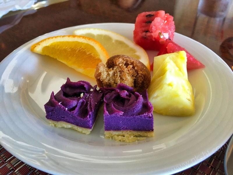 かりゆしアーバンリゾート・ナハの朝食ビュッフェのフルーツやデザート